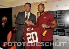 15 Luglio 2014 | Seydou #Keita si presenta e mette le cose in chiaro: «Quando un calciatore cambia club lo fa per giocare, è impossibile trovare qualcuno che non voglia farlo. Il mio desiderio è continuare ciò che ho fatto al Valencia, un grande club che è arrivato in semifinale di Europa League». #ASRoma