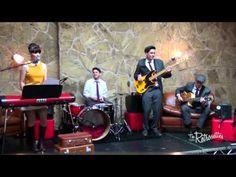 The Retrosettes Sister Band - YouTube