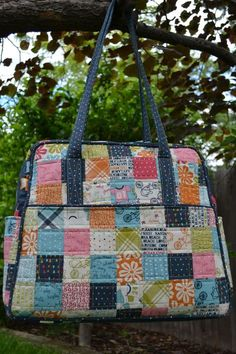 AMY BUTLER WEEKENDER BAG HINTS/TUTORIAL Porch Swing Quilts: Finish it up Friday: Lucy's Crab Shack Patchwork Weekender