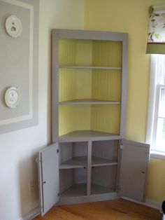 Gorgeous Corner Cabinet Storage Ideas For Your Kitchen Gorgeous Corner Cabinet Storage Ideas For Your Kitchen Corner Cabinet Storage Ideas For Your Kitchen 42 Corner Hutch, Corner Cupboard, Corner Storage, Kitchen Corner, Corner Cabinets, Corner Shelves, Corner Cabinet Living Room, Build Shelves, Corner House