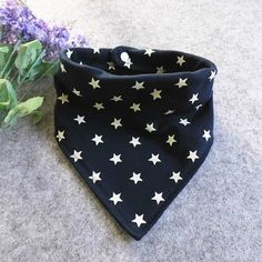 Baby Bibs Cotton Triangle Bib Star Print Waterproof Burb Cloths Baby Feeding Bib