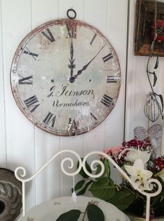 love vintage clocks I want this in my life