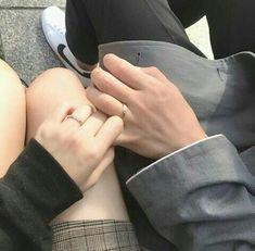"""노래 나운 """"Neo got my back, culture tech, tech-tech on my mind. Cute Relationship Goals, Cute Relationships, Couple Aesthetic, Daddy Aesthetic, Couple Goals Cuddling, Couple Hands, Accel World, Applis Photo, Korean Couple"""