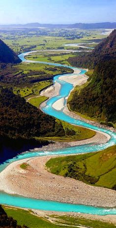 Whataroa River, Westland, South Island New Zealand. @darleytravel