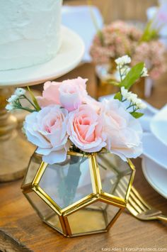 Garden Party Tablescape by Kara Allen | Kara's Party Ideas | KarasPartyIdeas.com for Canon-19