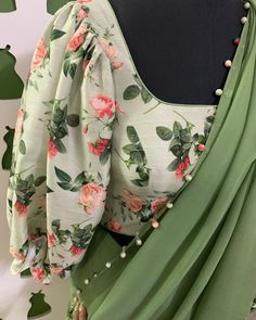 Blouse Back Neck Designs, Fancy Blouse Designs, Latest Saree Blouse Designs, Brocade Blouse Designs, Stylish Blouse Design, Stylish Dress Designs, Sleeves Designs For Dresses, Blouse Models, Indian Outfits