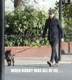 When Bobby was all of us ... #MyMeme #JustForFun #FanGirling  (Tom Hiddleston out and about with his dog Bobby in London 12.2.2018 Via https://www.weibo.com/1846858632/G2OLWFfSS)