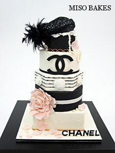 Channel fashion cake