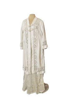 95214518fa1a White linen kimono belonged to Empress Alexandra Feodorovna ...