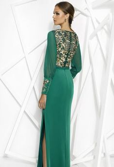 Posts about Evening Gowns written by TheFashionBrides Evening Gowns With Sleeves, Evening Dresses, Moslem Fashion, Mother Of The Bride Dresses Long, Estilo Real, Short Dresses, Formal Dresses, Couture Fashion, Green Dress