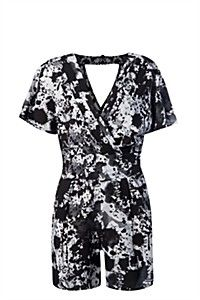 Shop all the latest ladies, mens & kids fashion at mrp clothing online now! new styles added weekly, including dresses, denim, shoes and accessori Mr Price Clothing, Playsuit, Style Icons, Short Sleeve Dresses, Short Sleeves, Kids Fashion, Spring Summer, Rompers, Lady
