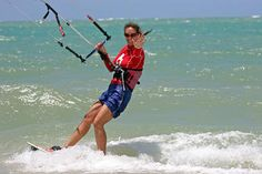 Laurel Eastman Kiteboarding - Play in Paradise! - check out LEK's kiteboarding lesson listing page on Uniiverse.com
