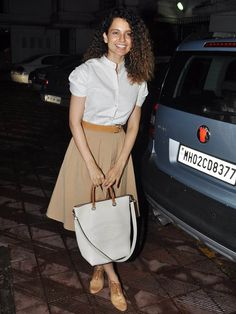 Get Simple & Stylish Like Kangana
