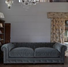 shabby chic couch