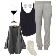 ≡ Snuggle time outfit