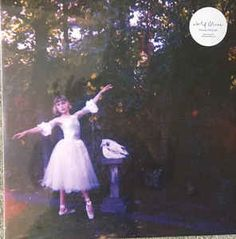 https://www.discogs.com/Wolf-Alice-Visions-Of-A-Life/release/10919393