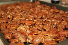 Ingredients: 1 egg white 2 teaspoons water 2 teaspoons pure vanilla extract pecan halves 1 cup sugar ½ – 1 tablespoon ground cinnamon (your preference) ½ teaspoon salt Instructions: Pecan Recipes, Candy Recipes, Holiday Recipes, Cooking Recipes, Cooking Games, Cinnamon Sugar Pecans, Sugared Pecans, Candied Nuts, Fudge