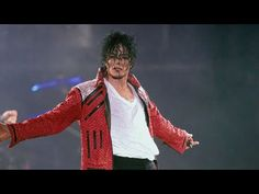 Michael Jackson - Beat It Beat It Michael Jackson, Michael Jackson Youtube, Dance Music, New Music, Famous Youtubers, 10 Minute Workout, Pretty Tough, Bill Cosby, Greatest Songs