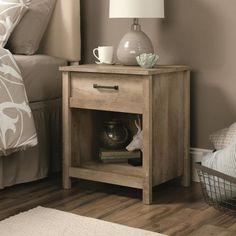 Rustic nightstand - great DIY project!