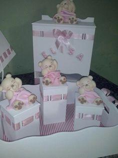 Conjunto p quarto de bebe Menina Tema Ursinha Preguicosa