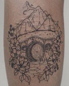 Ring Tattoo Designs, Ring Tattoos, Piercing Tattoo, Body Art Tattoos, Cool Tattoos, Piercings, Hobbit Tattoo, Lotr Tattoo, Tolkien Tattoo