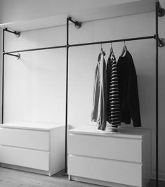 Open Wardrobe Clothes Rail Wardrobe Industrial Design Industrial Design Malleable Iron Tube Steel Pipe DIY Furniture Furniture Making Do it yourself W .