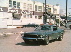 Steve McQueen 'Bullitt' film stills Steve Mcqueen Bullitt Mustang, Mustang Bullitt, 1968 Mustang Gt, Mustang Cars, Best Muscle Cars, American Muscle Cars, Steve Mcqueen Triumph, Ford Mustang Shelby, Pony Car