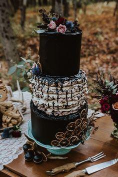 Gothic Forest Wedding Wedding Cake Inspiration // Sven H. Gothic Wedding Cake, Black Wedding Cakes, Unique Wedding Cakes, Wedding Cake Designs, Wedding Cake Toppers, Unique Weddings, Wedding Black, Gothic Cake, Black Weddings