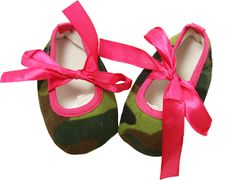 Hot Pink and Camo Print Crib Shoes Wholesale Shoes, Crib Shoes, Camo Print, Stylish Dresses, Cribs, Hot Pink, Princess, Accessories, Shopping