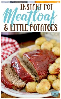 Instant Pot Meatloaf Instant Pot Meatloaf & Little Potatoes--This really is the best meatloaf recipe in the history of meatloaf recipes! Prepared all in the instant pot this is such a convenient and easy dinner! Best Meatloaf, Meatloaf Recipes, One Pound Meatloaf Recipe, Crock Pot Meatloaf, Slow Cooker Meatloaf, Deep Dish, Instant Pot, Garlic Parmesan Potatoes, Meatloaf Ingredients