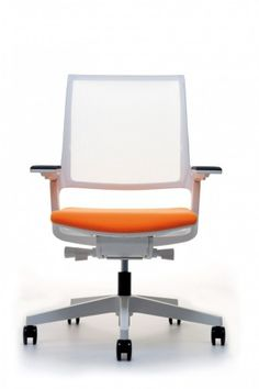 If we need to add some colour, could be quite nice to have it on the chair. Interstuhl MOVYis3 task chair