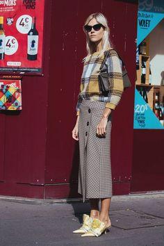 Street Style SS 2018 PFW