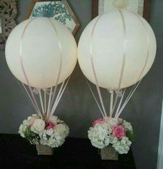flowers and balloons table decorations, hot air balloon, flower basket