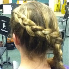 Credits to Hailey Hester! 'katniss braid';)