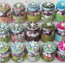 Baby food jars as party favors. or baby shower gifts. Baby Food Jar Crafts, Mason Jar Crafts, Mason Jars, Diy Shower, Baby Shower Favors, Baby Shower Gifts, Shower Ideas, Shower Party, Bridal Shower