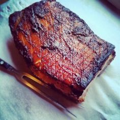 Je eigen Zeeuws spek maken. Pork Belly Recipes, Meat Recipes, Cooking Recipes, Meat Love, Tapas, Good Food, Yummy Food, Dutch Recipes, Different Recipes