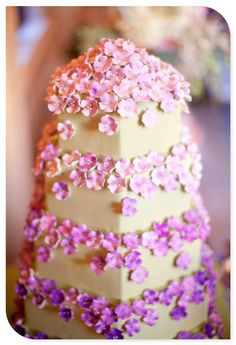 Wedding cakes...Love the sugar flowers on this.
