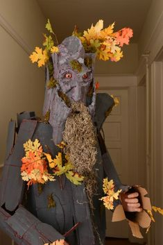 Treebeard costume #halloween #Lord_of_the_rings #book #character #cardboard