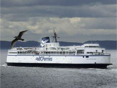 The Queen of Nanaimo on the Tsawassen to Southern Gulf Islands route. All About Canada, Vancouver, Beautiful Sites, Speed Boats, Canada Travel, British Columbia, West Coast, Places To See, Building