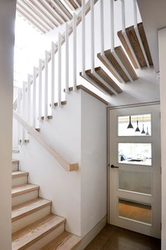 Sculptural staircase | Hampstead, London | Designed by CKC Architects | Manufactured by Design & Weld
