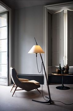 Exquisite design floor lamp - The best of floor lamps - examples of floor lights fixtures you can use to decorate your house in a vintage or a more midcentury modern style. wwww.delightfull.eu: