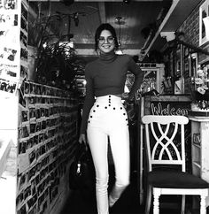 Kendall Jenner gives a firm nod to the geek chic/preppy trend by teaming an A.L.C turtleneck with Isabel Marant pants and wonderful Garrett Leight specs.