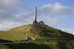 S2E12: Sir John Logan Campbell monument on top of One Tree Hill, Auckland, New Zealand
