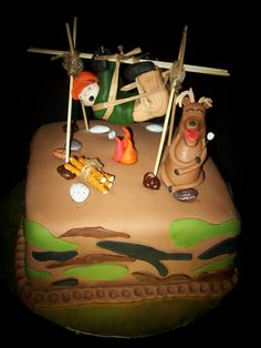Hunting Cake, my friend, Shelly, would love this for her son Zach. Hunting Birthday Cakes, Hunting Cakes, Cake Cookies, Cupcake Cakes, Cupcakes, Beautiful Cakes, Amazing Cakes, Camo Cakes, Deer Cakes