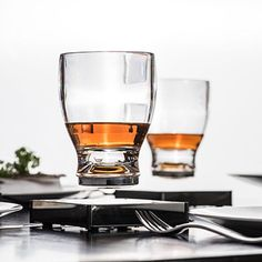'World's first' levitating glassware created