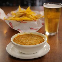 Chili Queso from Food Network The Best Cheese Fondue Recipe, Fondue Recipes, Snack Recipes, Chili's Queso Recipe, Chili Without Beans, Bagel Bread, Gluten Free Flatbread, Cincinnati Chili, Chocolate Chili