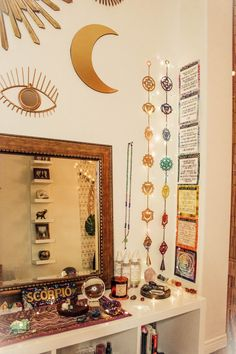 Alexa Halladay Align your 7 chakras with all of my energy healing products the Chakra Mastery Tool Kit Check out my collection for decor workboo. Master Bedroom Interior, Diy Bedroom Decor, Diy Home Decor, Modern Bedroom, Bedroom Ideas, Bedroom Tv, Chakras, Feng Shui, Ideas Hogar