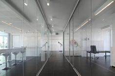 KREON l Luc Spits Bureau d'Architectes, Belgium #Kreon #lighting #office #interiordesign #DSALighting