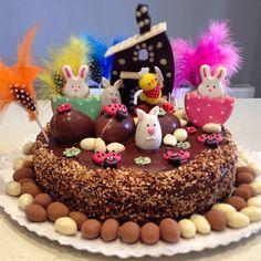 Mona de Pascua - Easter cake / Barcelona, Spain