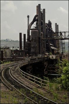 Abandoned But Loved Abandoned Buildings, Abandoned Places, Bethlehem Steel, Abandoned Factory, Steel Mill, Industrial Architecture, Old Factory, Industrial Photography, Industrial Revolution